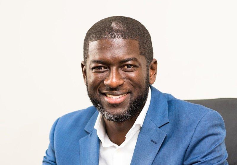 Kevin Okyere | De la vente d'eau à la possession d'une compagnie d'un milliard